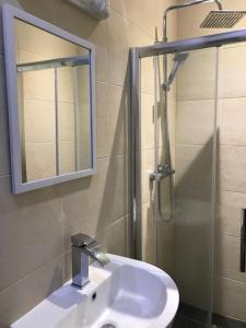 A bathroom at The Manchester Hotel