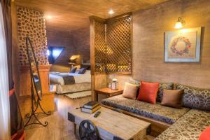 Χώρος καθιστικού στο Aroma Dryos Eco & Design Hotel