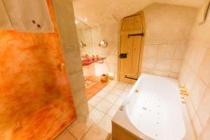 Een badkamer bij Hotel San Gabriele