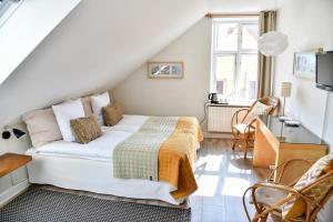 Кровать или кровати в номере Ocean Hotel