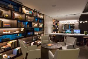A restaurant or other place to eat at Hyatt Centric Chicago Magnificent Mile