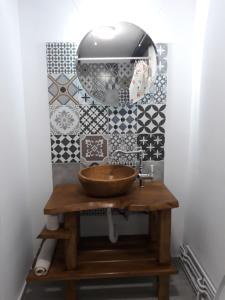 O baie la Casa Porumbacu 295