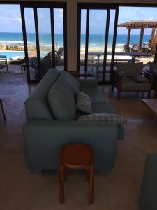 A seating area at Villa 06 - Taiba Beach Resort - TBR