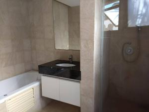 A bathroom at Villa 06 - Taiba Beach Resort - TBR