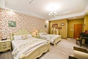 英倫花園房間的床