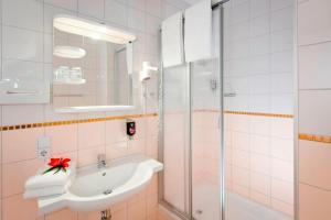 Ein Badezimmer in der Unterkunft ibis Styles Berlin City Ost