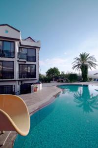 The swimming pool at or near Seyir Village Hotel