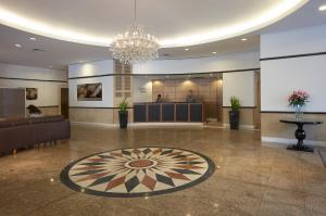 The lobby or reception area at Bond 512