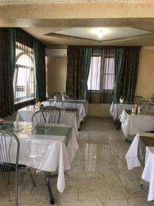 Ресторан / где поесть в Гостевой дом Dev-Life