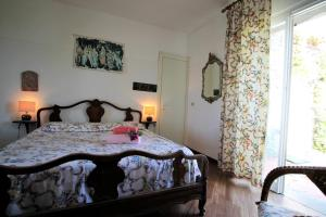 A bed or beds in a room at Il Paradiso in Pineta by Holiday World