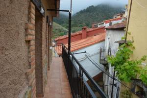 Un balcón o terraza de Las Casitas Del Bodegon