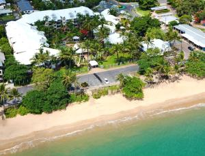 A bird's-eye view of Coral Sands Beachfront Resort