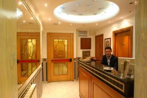 Hall ou réception de l'établissement Hotel Teti