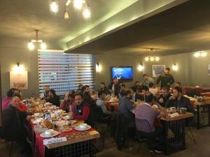 مطعم أو مكان آخر لتناول الطعام في فندق Zeytindalı Yayla