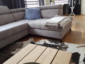 Een bed of bedden in een kamer bij Bluebeach Scheveningen