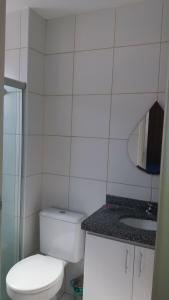 A bathroom at Condominio Port. da cidade Aracaju
