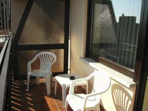 Ein Balkon oder eine Terrasse in der Unterkunft Gasthof Hotel Zum Ross