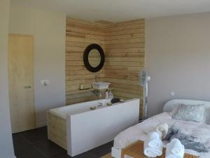 A bathroom at El Pao Spa