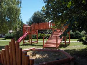 Children's play area at Romantik Camping és Panzió