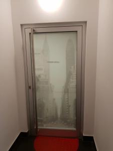A bathroom at Studio Leopoldstreet