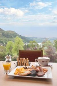 Breakfast options available to guests at Drimsynie Estate Hotel