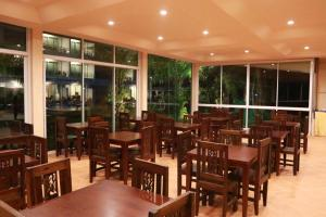 A restaurant or other place to eat at The Pano Hotel & Residence
