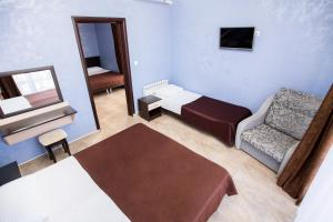 A seating area at Hotel Kosmos U Akvaparka
