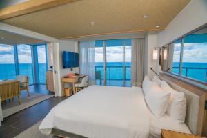 Vista general del mar o vista desde el resort