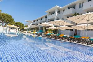 The swimming pool at or near Sotavento Club Apartments - Adults Only