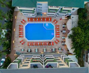 A view of the pool at Sifalar Apart Hotel or nearby