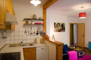 A kitchen or kitchenette at PinkDeer