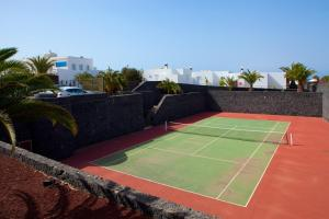 Tennis- en/of squashfaciliteiten bij Bungalows Coloradamar of in de buurt