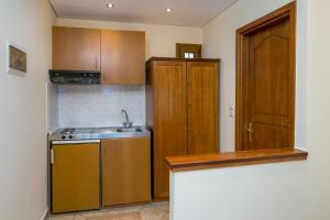 A kitchen or kitchenette at Villa Katerina