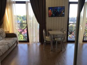 Гостиная зона в Apartments Zoya