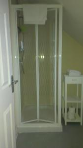 A bathroom at All Seasons Guest House