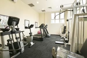 The fitness center and/or fitness facilities at Bond 1217