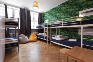 Litera o literas de una habitación en Tatamka Hostel