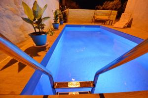 The swimming pool at or close to Villa Iva