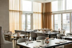 A restaurant or other place to eat at AC Hotel by Marriott Belfast