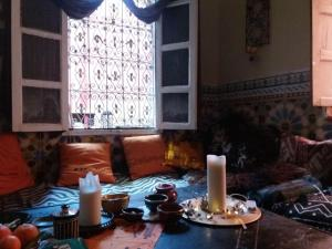 A restaurant or other place to eat at Riad Kainos