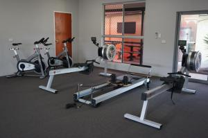 The fitness center and/or fitness facilities at YAL Cairns - Accommodation that makes a difference