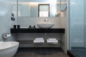 A bathroom at NYX Herzliya