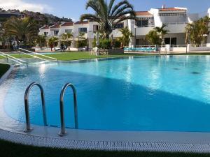 The swimming pool at or near Hotel Malibu Park