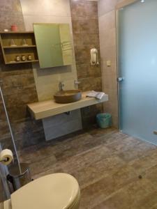 A bathroom at Horizon Beach