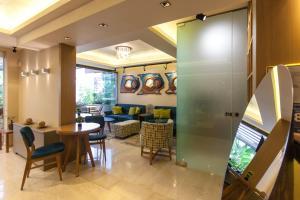 Un restaurant sau alt loc unde se poate mânca la Paradise Lost Hotel-Apartments