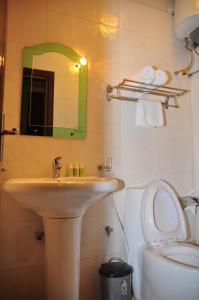 A bathroom at Hotel Lobelia
