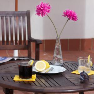Un restaurante o sitio para comer en Apartamentos Turísticos Duque de Hornachuelos