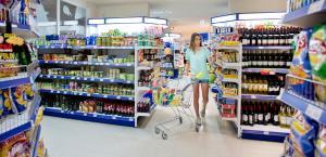Een supermarkt of andere winkels bij het aparthotel of in de buurt