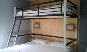 A bunk bed or bunk beds in a room at Fasthotel Carcassonne