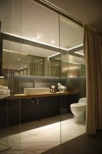 A bathroom at The Grace Hotel